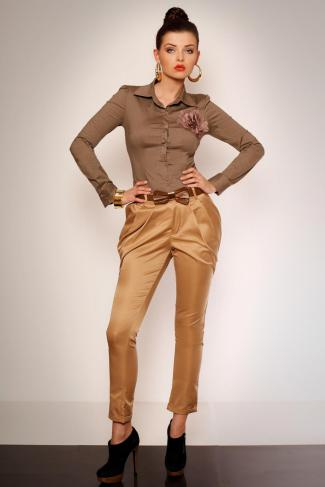 2623-1 Elegant trousers from wrinkling and pockets + belt - creme